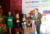 """Khai mạc Triển lãm tranh """"Em vẽ Việt Nam, em vẽ nước Nga"""""""