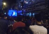 Chùm ảnh: Hàng trăm người phải ngồi ngoài vì không còn chỗ xem Khánh Ly hát nhạc Trịnh