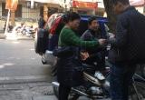 Trận bán kết Việt Nam - Indonesia: Giá vé chợ đen vẫn tăng vùn vụt