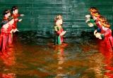 Nghệ nhân hơn 20 năm thổi hồn vào rối nước ở Sài Gòn