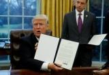 Donald Trump ký lệnh rút Mỹ khỏi TPP
