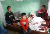 Đớn đau khi vợ mắc bệnh suy tủy chồng ngã quỵ vì tai biến, gia đình nhỏ sống trong khốn khó