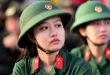 Nữ tân binh tại TP Hồ Chí Minh trong ngày nhập ngũ