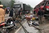 Tạm giam tài xế xe khách lật kinh hoàng khiến 2 người tử vong và nhiều người bị thương