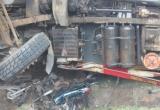 Tai nạn đặc biệt nghiêm trọng: Xe tải lật nghiêng đè 2 người tử vong