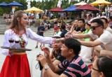 Thưởng thức vang miễn phí ở Lễ hội Rượu vang 2017 tại Sun World Ba Na Hills