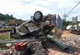 Tàu hỏa tông bay ô tô, 2 người tử vong tại chỗ