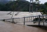 Thanh Hóa: Vỡ đê, hàng ngàn người cô lập, lũ các sông lên nhanh