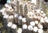 Bắt giữ 43kg nghi là ngà voi được trà trộn trong 33 khúc gỗ rỗng