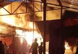 Vĩnh Phúc: Cháy lớn tại chợ Thổ Tang, nhiều gian hàng bị thiêu rụi