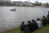 Lâm Đồng: Xe máy lao xuống hồ Xuân Hương trong đêm tối, một thanh niên mất mạng