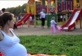 Cảnh báo: Wifi và sóng điện thoại di động làm bà bầu dễ sảy thai gấp 2 lần