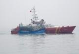Ứng cứu thành công 6 thuyền viên tàu cá tại vùng biển Quảng Trị
