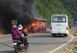 Khánh Hòa: Xe khách Phương Trang bất ngờ bốc cháy, hành khách hốt hoảng tháo chạy