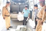 """Thừa Thiên Huế: Phát hiện nhiều thuốc lá, bột ngọt, đường """"lậu"""" trên xe khách"""