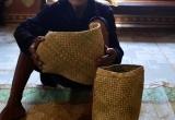 Người con gái M'Nông đi lấy chồng sẽ được của hồi môn là túi đựng cơm