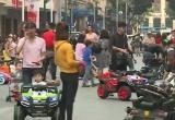 Hà Nội: Nhiều dịch vụ chui bùng phát ở phố đi bộ Hồ Gươm
