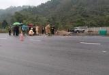 Thừa Thiên Huế: Va chạm với xe tải, 2 nam thanh niên tử vong tại chỗ