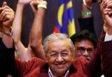 Bầu cử Malaysia: Cuộc đổi ngôi lịch sử