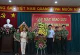 Thừa Thiên Huế: Gặp mặt giao lưu kỷ niệm 65 năm ngày truyền thống xuất nhập cảnh