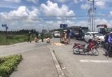 TP HCM: 2 mẹ con thương vong sau va chạm với xe tải