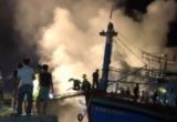Tin nhanh ngày 06/8/2018: Cháy tàu cá trong đêm ở Nghệ An
