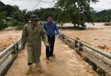 Nghệ An: Mưa lũ khiến 5 người chết, bản làng bị cô lập trong biển nước