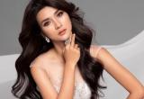Kim Tuyến diện váy khoét sâu khoe đường cong gợi cảm