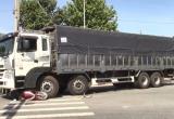 Bình Dương: Va chạm với xe tải, một phụ nữ tử vong thương tâm