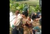 Hãi hùng trước cảnh hàng chục thanh niên tụ tập chích thuốc tập thể ở Lào Cai