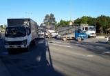 Bình Dương: Tai nạn liên hoàn giữa 3 ô tô, 6 người bị thương