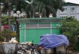 Tiêu dùng 72h: Nhà vệ sinh công cộng bỏ hoang, cỏ mọc kín lối