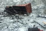 Bình Dương: Xe ben lao xuống mỏ đá, tài xế tử vong thương tâm