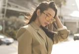 """Hoa hậu Huỳnh Vy xinh đẹp với bộ ảnh streetstyle """"lạc lối"""" ở Singapore"""