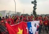 CĐV Việt Nam đổ bộ sân Pakansari, 'niềm tin chiến thắng 1 - 0 trước Hàn Quốc'