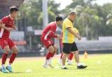 Hình ảnh tập luyện của đội tuyển Việt Nam trước trận chung kết trên sân khách