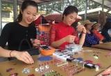Đá quý tiền tỷ được bán ở chợ ven đường