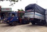Gia Lai: Tài xế xe tải ngủ gật, mất lái đâm bẹp nhà dân