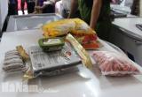 Một cửa hàng loại 'VIP' ở Phủ Lý trữ, bán 36 kg thịt lợn đông lạnh hết hạn sử dụng cả tháng