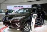 Ô tô nhập khẩu ồ ạt về Việt Nam 'nhấn chìm' doanh số xe trong nước