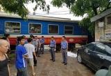Hà Nội: Một phụ nữ bị tàu hỏa đâm tử vong khi qua đường