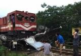 Thông tin mới nhất về vụ tai nạn giữa tàu hoả và xe tải chở nước ngọt