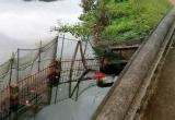 Hà Nội: Bàng hoàng phát hiện thi thể nữ công nhân dưới ao nước
