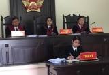 """Vụ nhiều người trong gia đình vướng vòng lao lý ở Lai Châu: """"Khẩn thiết"""" xem lại đĩa CD, Tòa nói không!"""