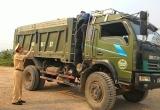 Bắc Giang: Năm 2017 Phòng CSGT xử lý hàng trăm trường hợp xe quá khổ, quá tải