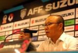 """HLV Park Hang-seo dành """"những lời có cánh"""" cho Công Phượng sau trận đấu với Malaysia"""