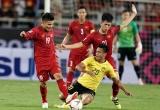 Video: Cầu thủ Malaysia vào bóng kiểu 'triệt hạ' cầu thủ ĐT Việt Nam