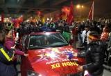 Những 'chiến binh' xứ Nghệ trở về trong vòng tay của hàng vạn cổ động viên Nghệ An