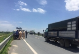 Thi thể 2 thiếu nữ trên cầu vượt tại Hưng Yên: Tai nạn giao thông hay vụ án mạng bị dàn dựng?