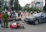 Nữ tài xế BMW gây tai nạn liên hoàn, kéo lê 2 cháu nhỏ trên đường là ai?